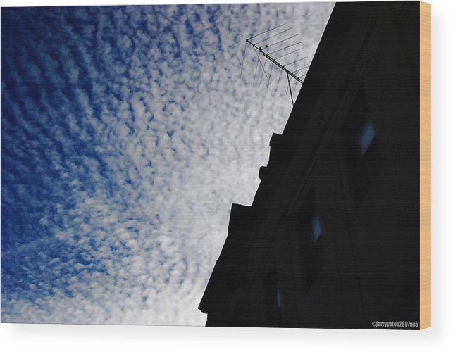 Sky Wood Print featuring the photograph Magnificent Sky by Gerard Yates