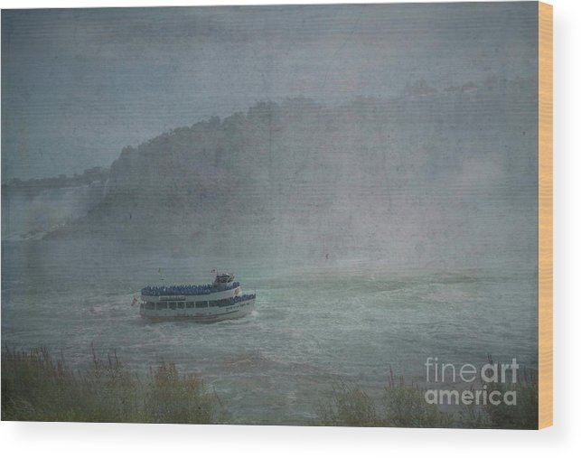 Maid Of The Mist Wood Print featuring the photograph Maid Of The Mist by Luther Fine Art