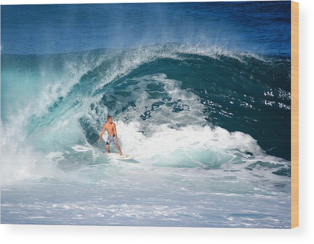 Makua Rothman Wood Print featuring the photograph Makuakai's Artwalk by Kevin Smith
