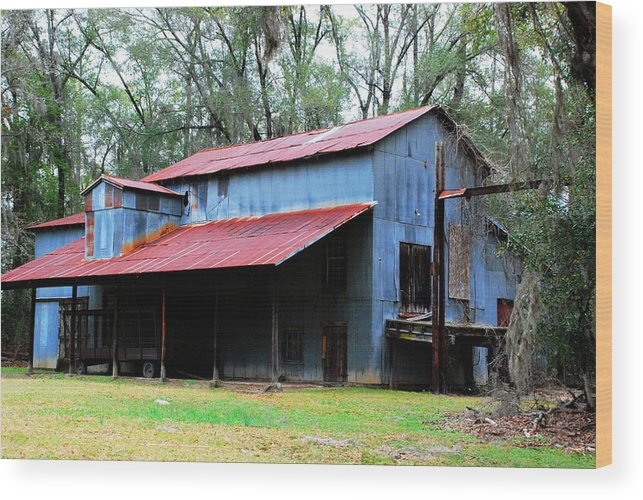 Barbour County Wood Print featuring the photograph Old Cotton Gin 02 by Andy Savelle
