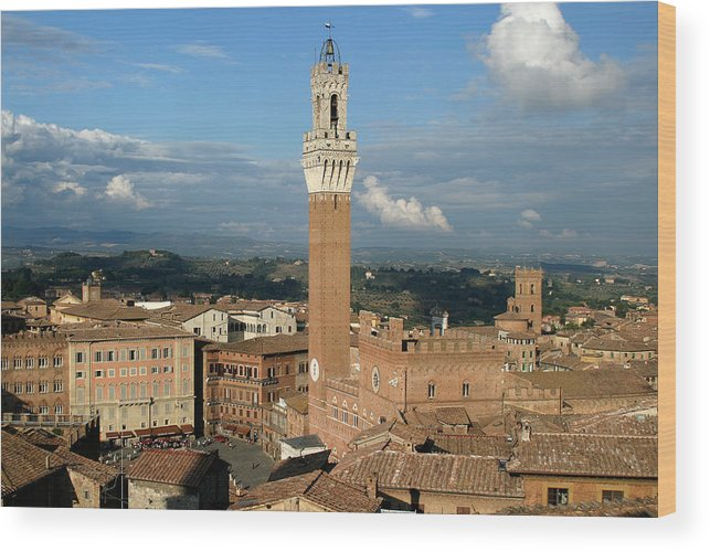 Siena Wood Print featuring the photograph Palazzo Pubblico And Campo Siena by Mathew Lodge