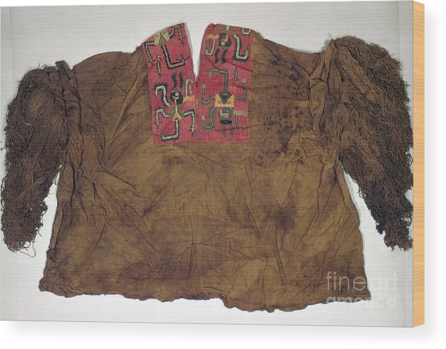 2nd Century B. C. Wood Print featuring the photograph Peru: Paracas Poncho by Granger