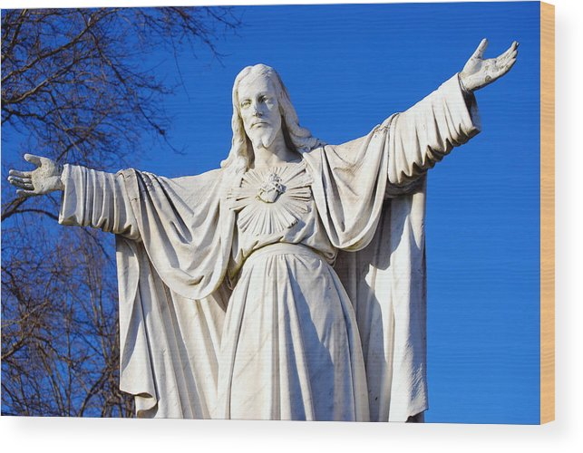 Sacred Heart Wood Print featuring the photograph Sacred Heart Statue by Carol Christopher