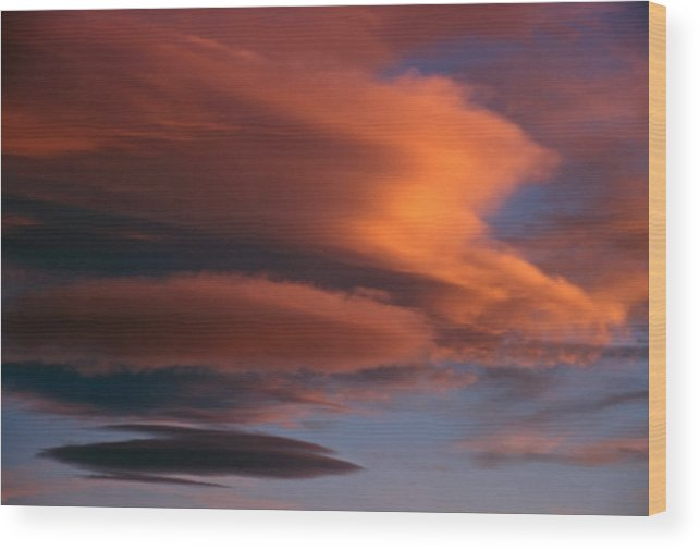 Skyscapes Wood Print featuring the photograph Skyscape 2 by Steve Ohlsen