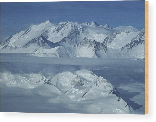 Outdoors Wood Print featuring the photograph The Mount Vinson Massif 16, 059 by Gordon Wiltsie