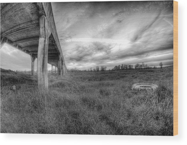 Hdr Wood Print featuring the photograph Tirered by Tom Melo