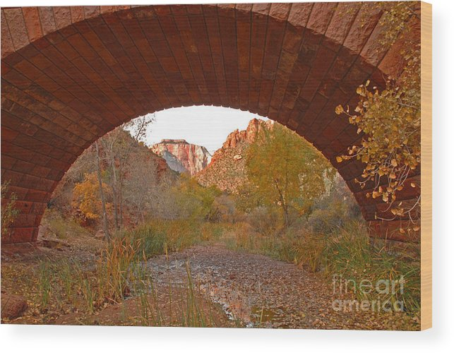 Utah Wood Print featuring the photograph West Temple From Pine Creek Bridge by Dennis Hammer