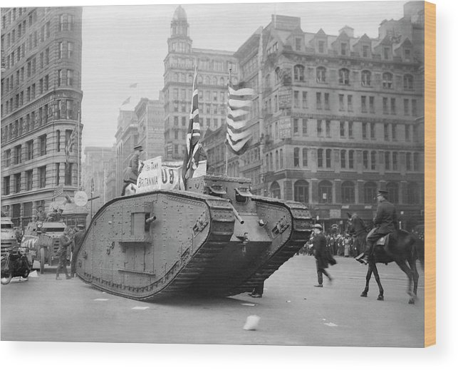 Tank Wood Print featuring the photograph British Tank In New York by Library Of Congress/science Photo Library