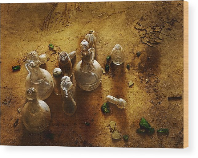 Cooking Wood Print featuring the photograph Old Cruets by Joel Vieira