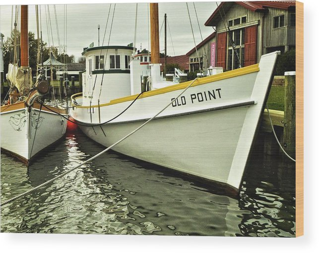 Maryland Wood Print featuring the photograph Old Point St. Michaels by Re Dub