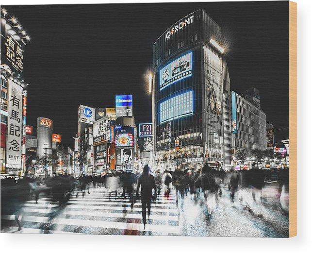 Tokyo Wood Print featuring the photograph Shibuya Crossing by Carmine Chiriac??