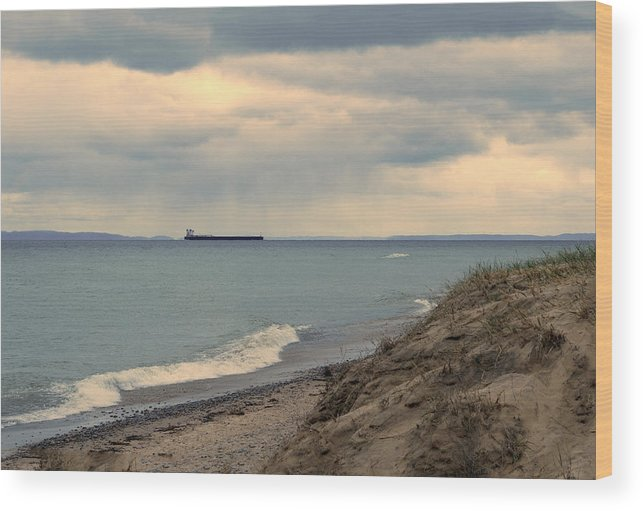 Whitefish Point Wood Print featuring the photograph Ship On The Horizon by Linda Kerkau