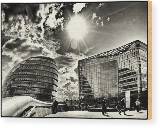 city Hall Wood Print featuring the photograph Star Light At City Hall by Lenny Carter