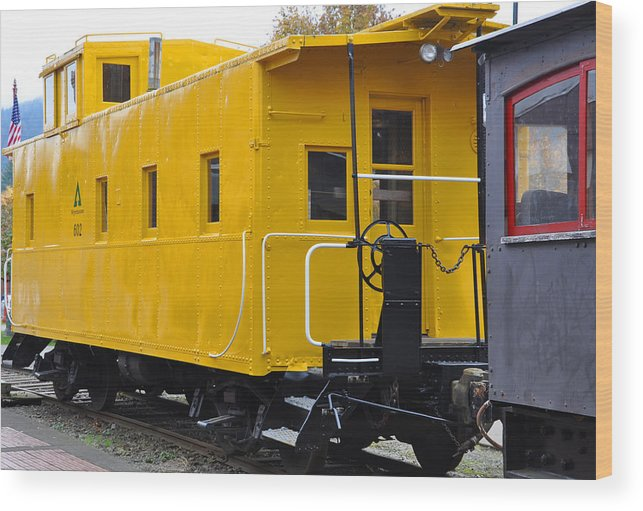 Train Wood Print featuring the photograph The Yellow Train by Kirt Tisdale