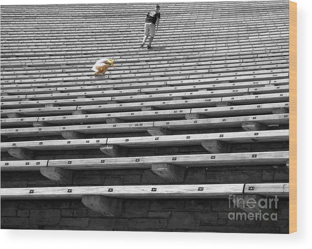 Black And White Wood Print featuring the photograph Daddy - Wait For Me by David Bearden