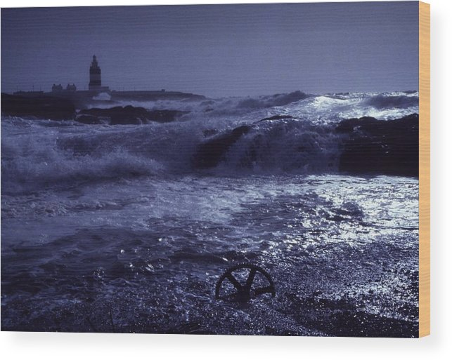 Coast Wood Print featuring the photograph Hook Head, County Wexford, Ireland by Richard Cummins