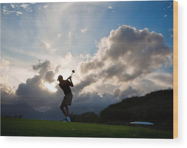 History Wood Print featuring the photograph President Barack Obama Plays Golf by Everett