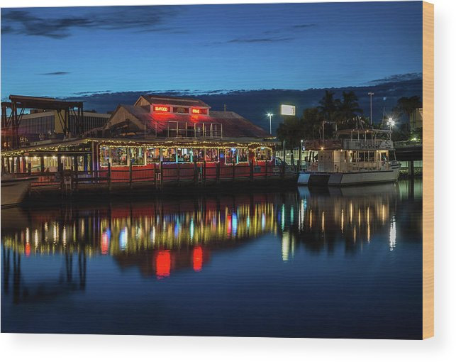 Usa Wood Print featuring the photograph Blue Hour by Marco Zottich