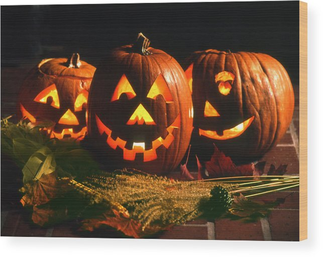 Haloween Wood Print featuring the photograph Happy Haloween by John Rowe