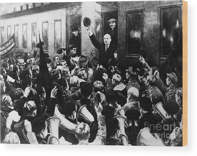 1930s Wood Print featuring the photograph Lenin At Finland Station by Granger