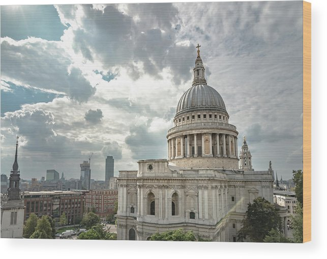 Britain Wood Print featuring the photograph St Paul's Cathedral by Paul Hennell