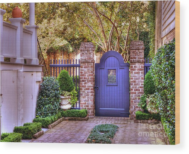Garden Wood Print featuring the photograph A Private Garden In Charleston by Kathy Baccari