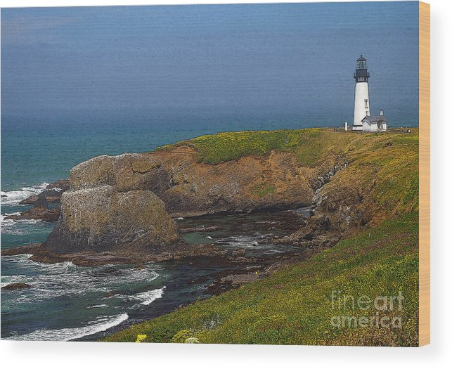 Oregon Wood Print featuring the photograph Yaquina Head Lighthouse And Bay - Posterized by Rich Walter