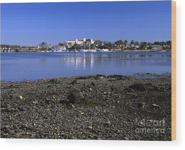 New Castle Wood Print featuring the photograph Wentworth By The Sea Hotel - New Castle New Hampshire Usa by Erin Paul Donovan