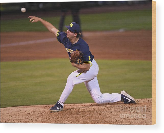 Relief Pitcher Wood Print featuring the photograph Michigan V Ucla - Game One by Jayne Kamin-oncea
