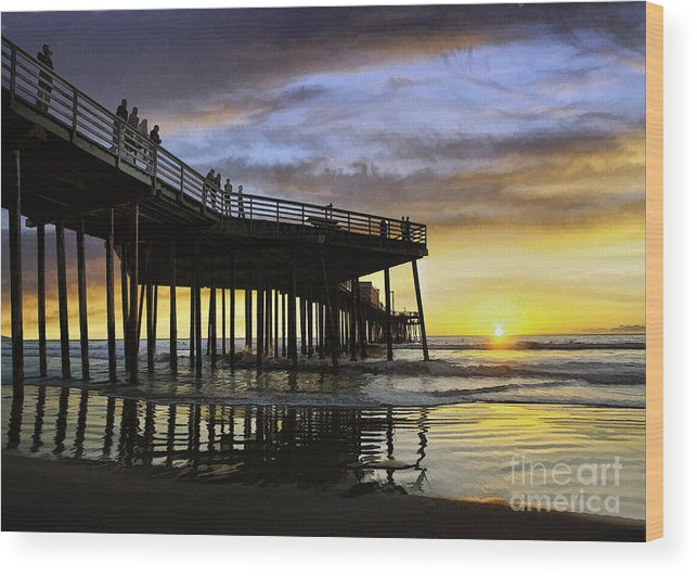 Pismo Pier Wood Print featuring the digital art Pismo Sunset View by Sharon Foster