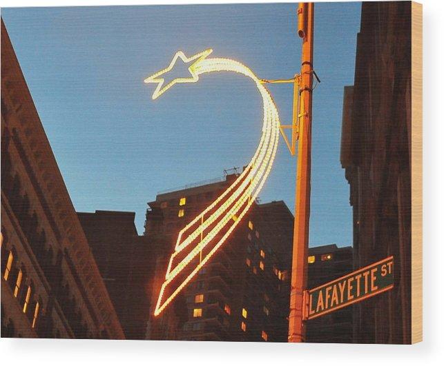 Manhattan Wood Print featuring the photograph Star Of Lafayette by Tony Ambrosio