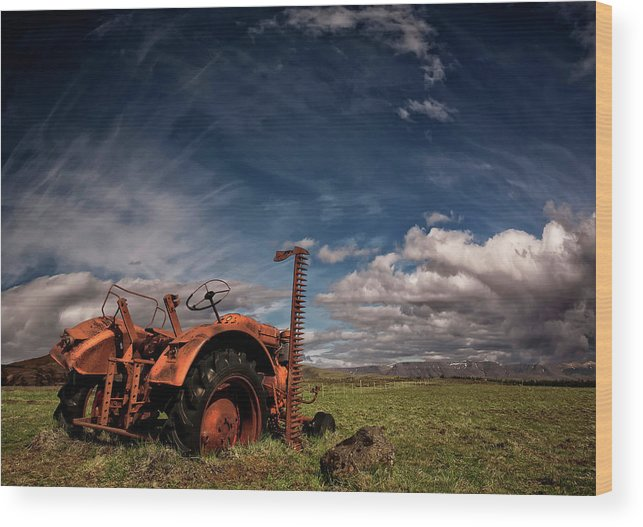 Tractor Wood Print featuring the photograph Tractor by ?orsteinn H. Ingibergsson