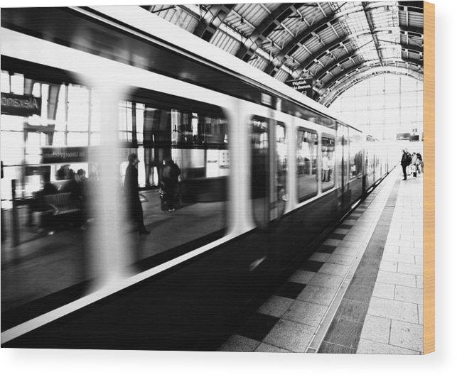 Bahn Wood Print featuring the photograph S-bahn Berlin by Falko Follert