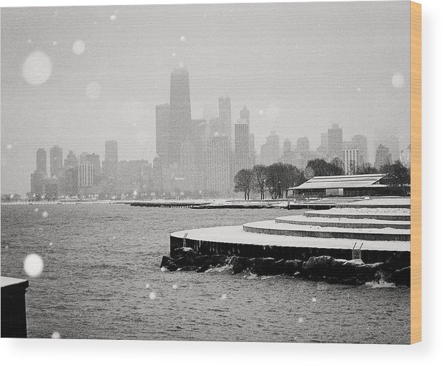 Chicago Wood Print featuring the photograph Wintery Chicago by Laura Kinker