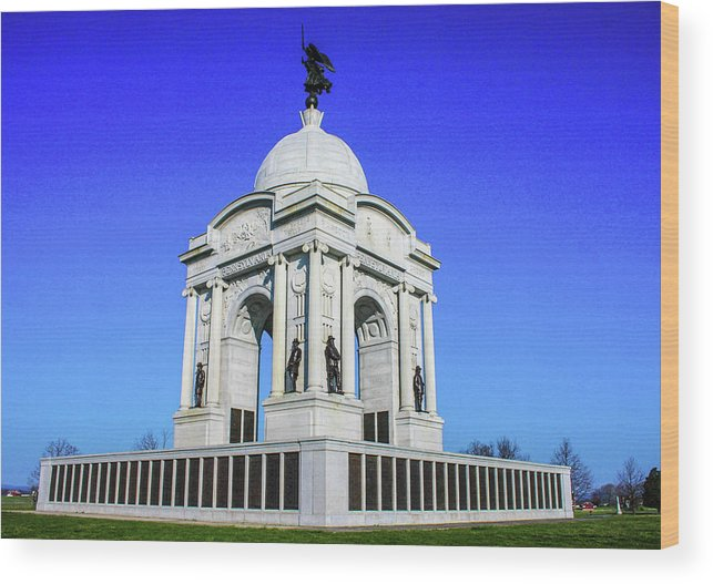 This Is A Beautiful Photo Of The Pennsylvania Monument Located On The Gettysburg Battlefield Wood Print featuring the photograph The Pennsylvania Monument by William Rogers
