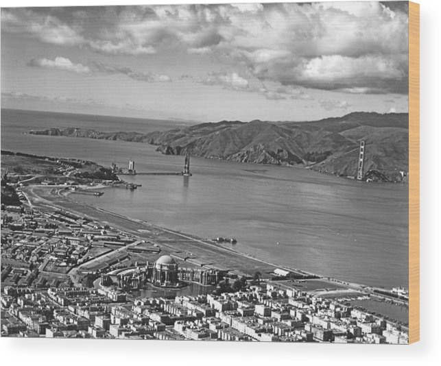 1930s Wood Print featuring the photograph Gg Bridge Under Construction by Underwood Archives