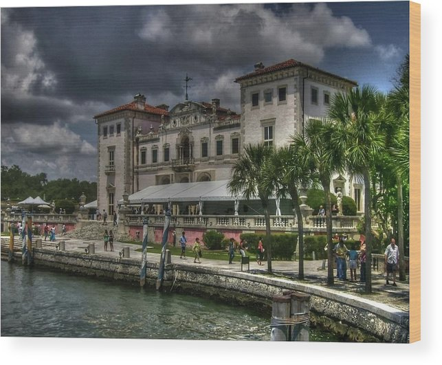Viscaya Wood Print featuring the photograph Viscaya Mansion by Roger And Michele Hodgson