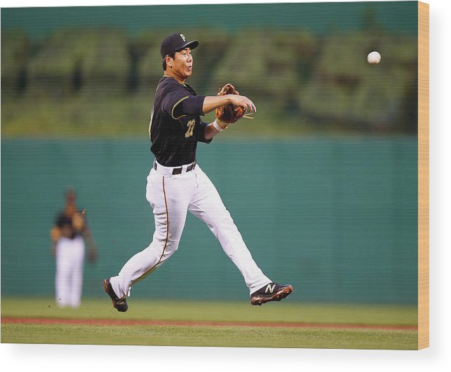 Second Inning Wood Print featuring the photograph Jung Ho Kang by Jared Wickerham