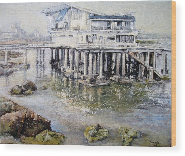 Maritim Wood Print featuring the painting Maritim Club Castro Urdiales by Tomas Castano