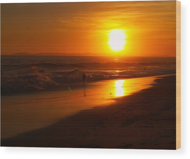 Sunset Wood Print featuring the photograph Pacific Coast Sunset by Linda Morland