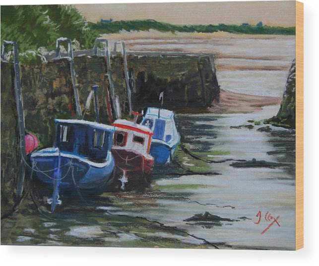 Seaton Sluice Wood Print featuring the painting Seaton Sluice Harbour At Low Tide. by John Cox