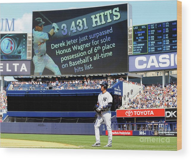 People Wood Print featuring the photograph Derek Jeter by Jim Mcisaac