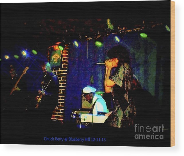 Wood Print featuring the photograph Chuck Berry At Blueberry Hill 12-11-13 by Kelly Awad