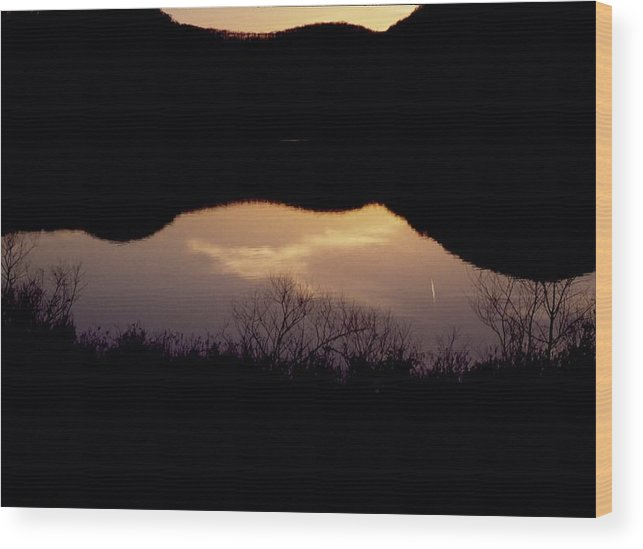 Landscape Wood Print featuring the photograph Owsley Fork Lake At Sunset by George Ferrell