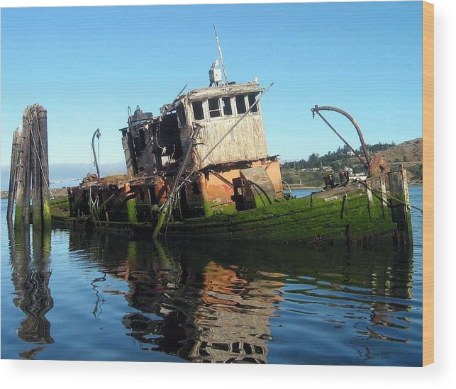 Mary D. Hume Wood Print featuring the photograph Anchored In The Past by Carl Capps