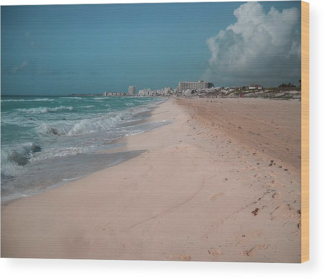 Beach Wood Print featuring the digital art Beautiful Beach In Cancun, Mexico by Nicolas Gabriel Gonzalez