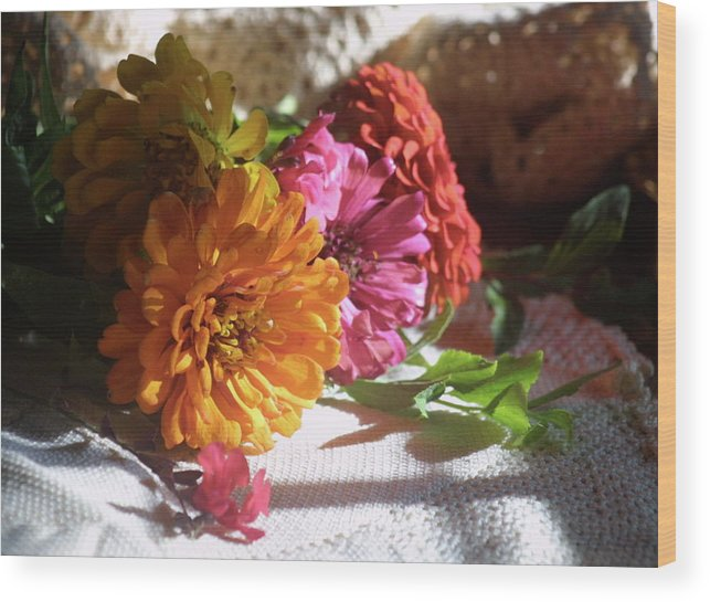 Flowers Wood Print featuring the photograph Taking The Sun by Mary J Hicks