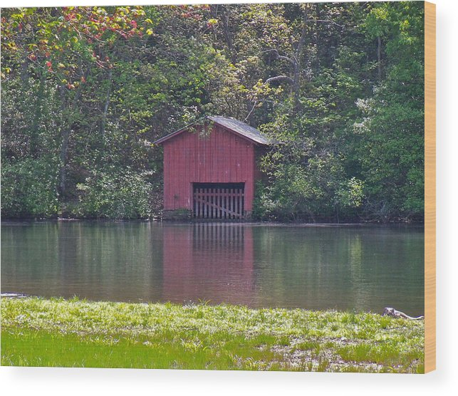 Boat House Wood Print featuring the photograph Little Red Boat House by Dana Doyle