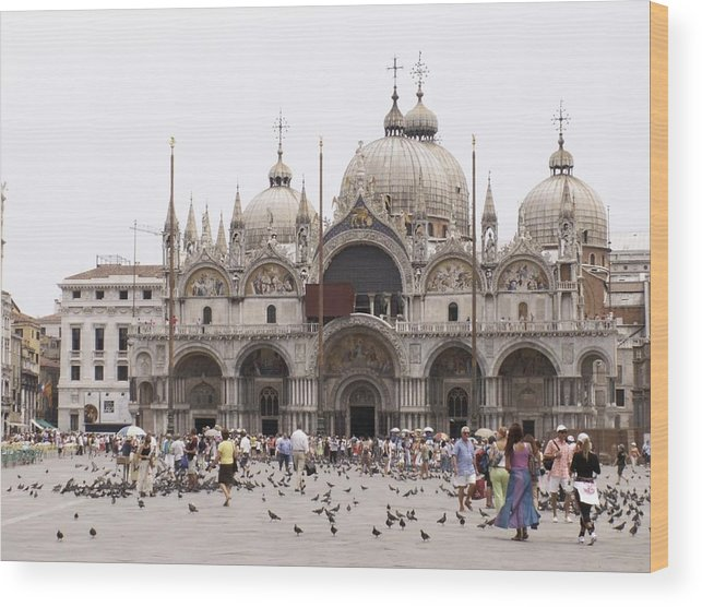 St. Mark's Cathedral Wood Print featuring the photograph Piazza by Sandy Molinaro