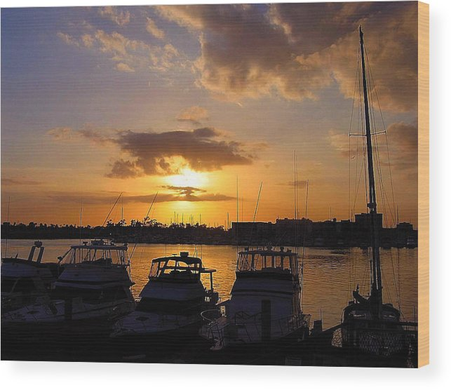 Sunset Wood Print featuring the photograph Sailing To Sunset by Jim Southwell